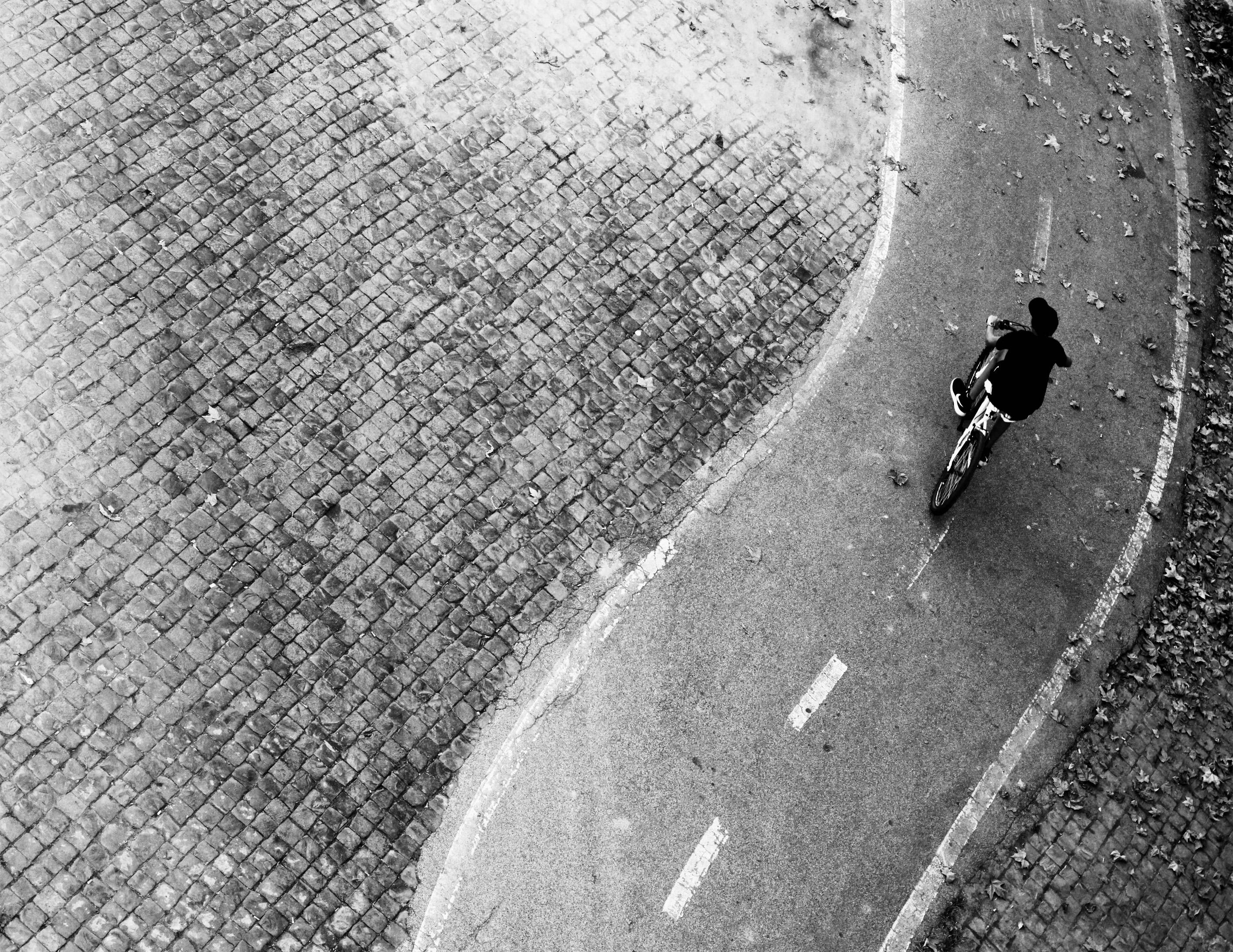 In bici · Rome